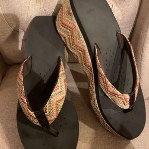 Volatile wedge flip flops size 10